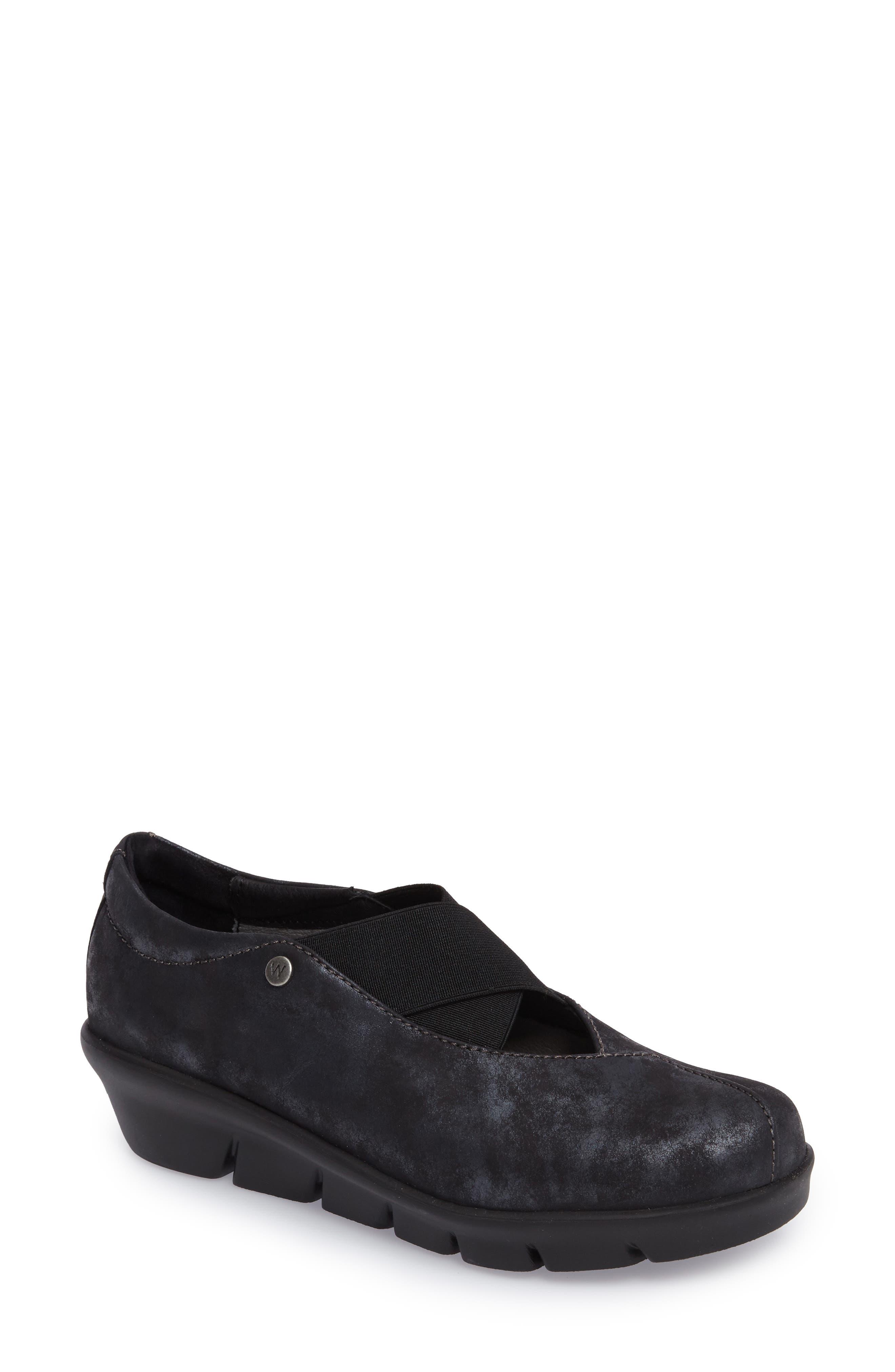 Wolky Cursa Slip-On Sneaker - Black
