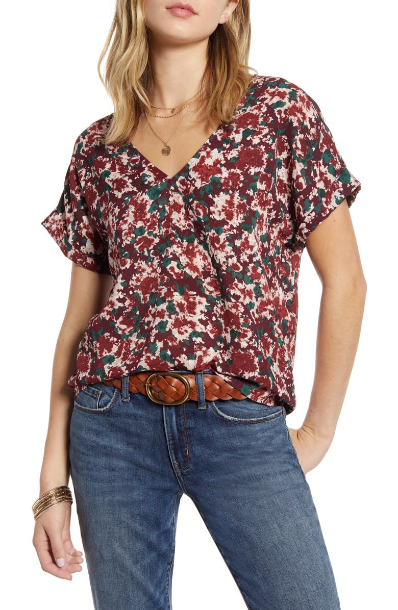 TREASURE & BOND Double-V Top, Main, color, BURGUNDY ROYAL CAMO FOLIAGE