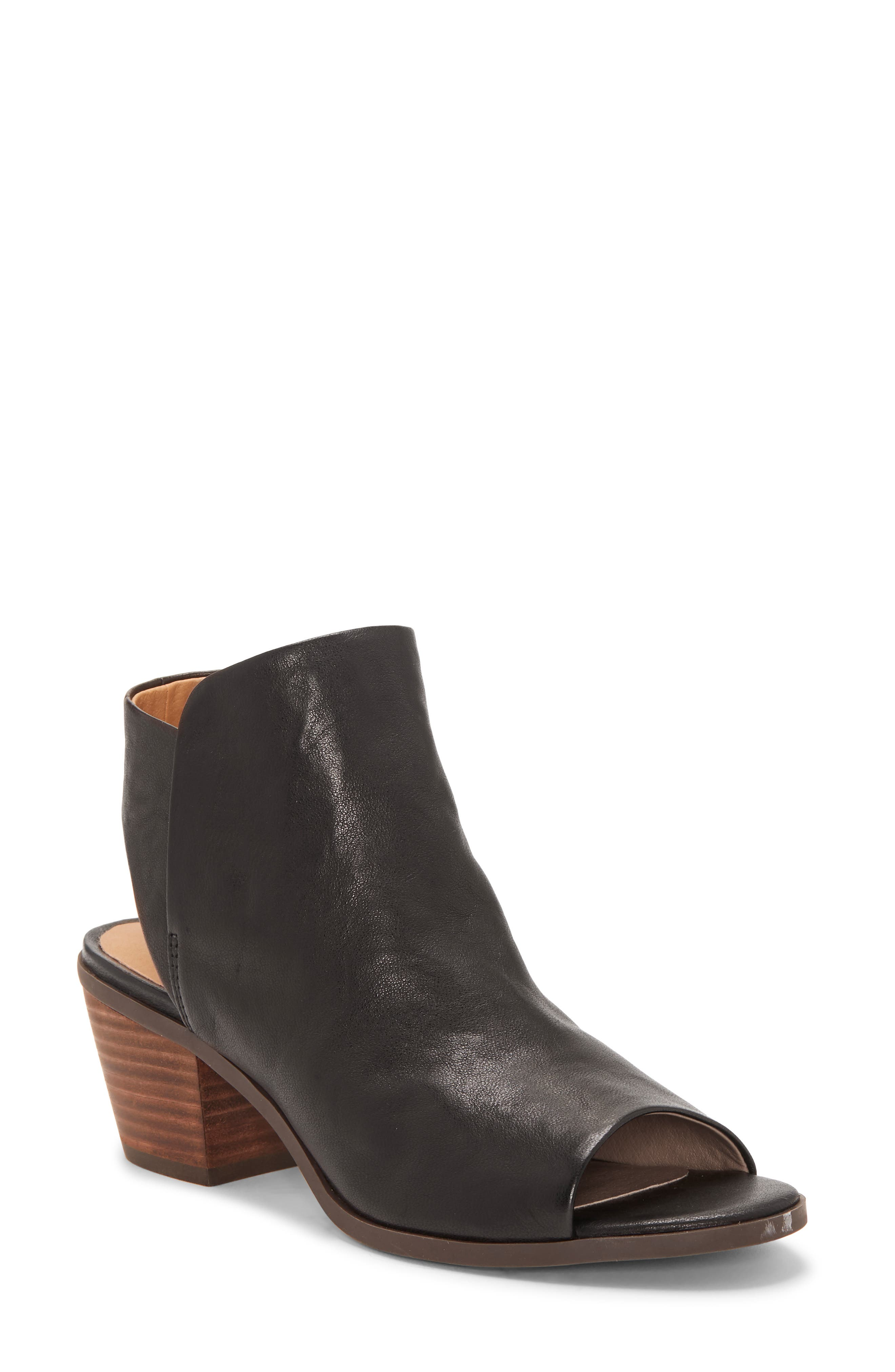 Lucky Brand Baaka Shield Sandal- Black