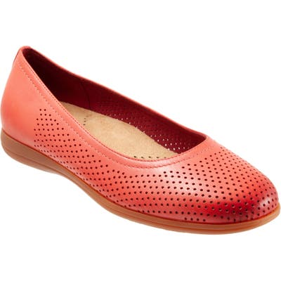 Trotters Darcey Skimmer Flat, Red
