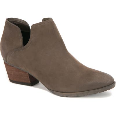 Blondo Victoria Waterproof Cutout Bootie