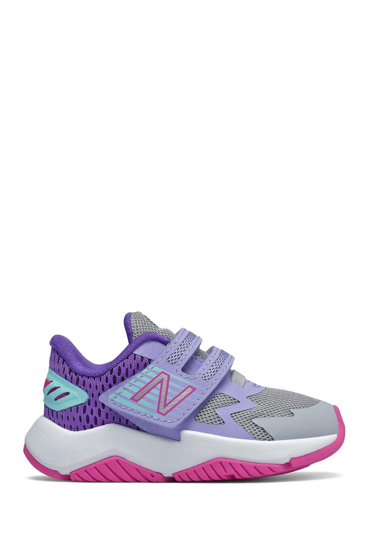 Image of New Balance Rave Running Shoe