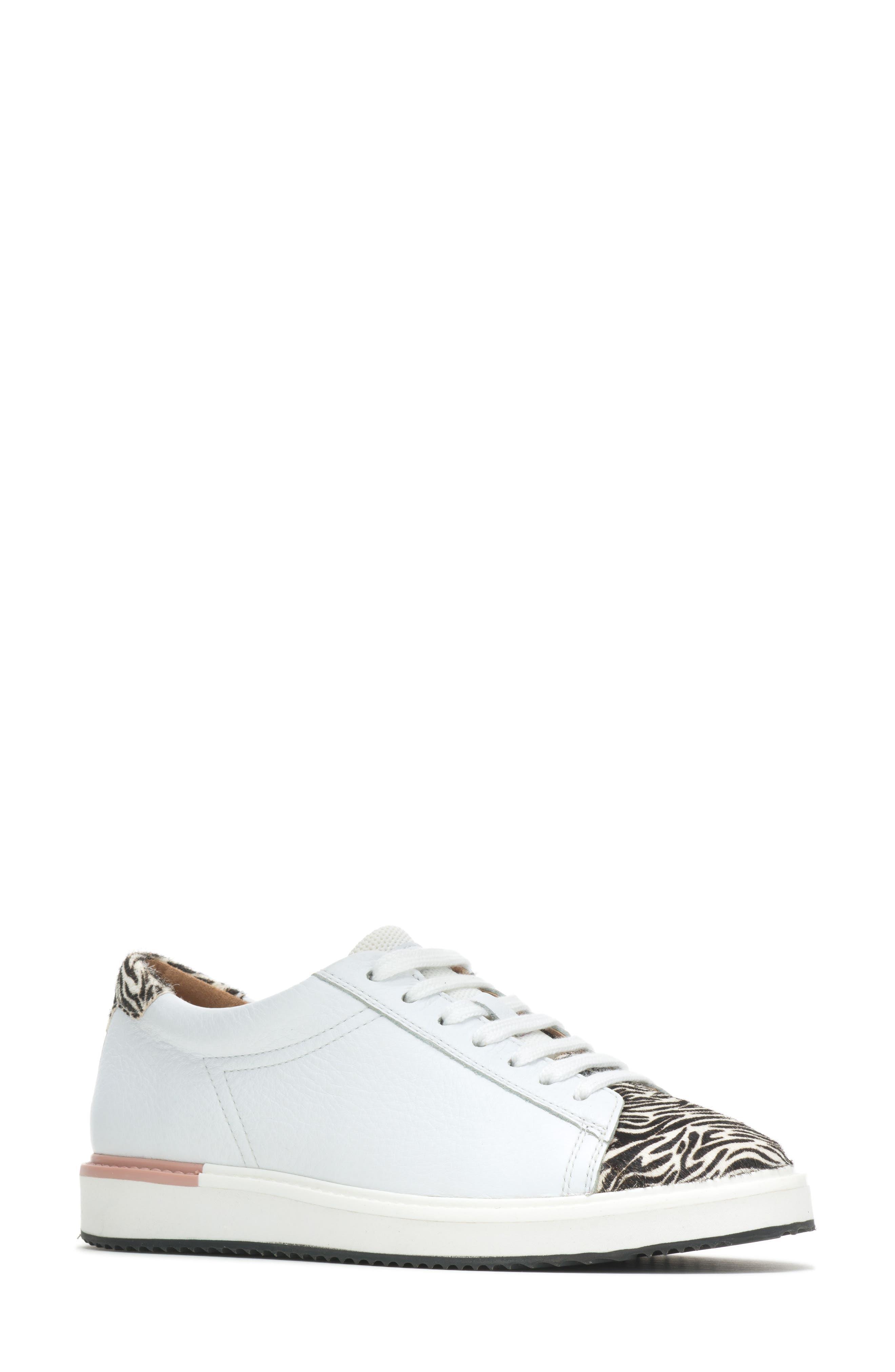 Sabine Sneaker