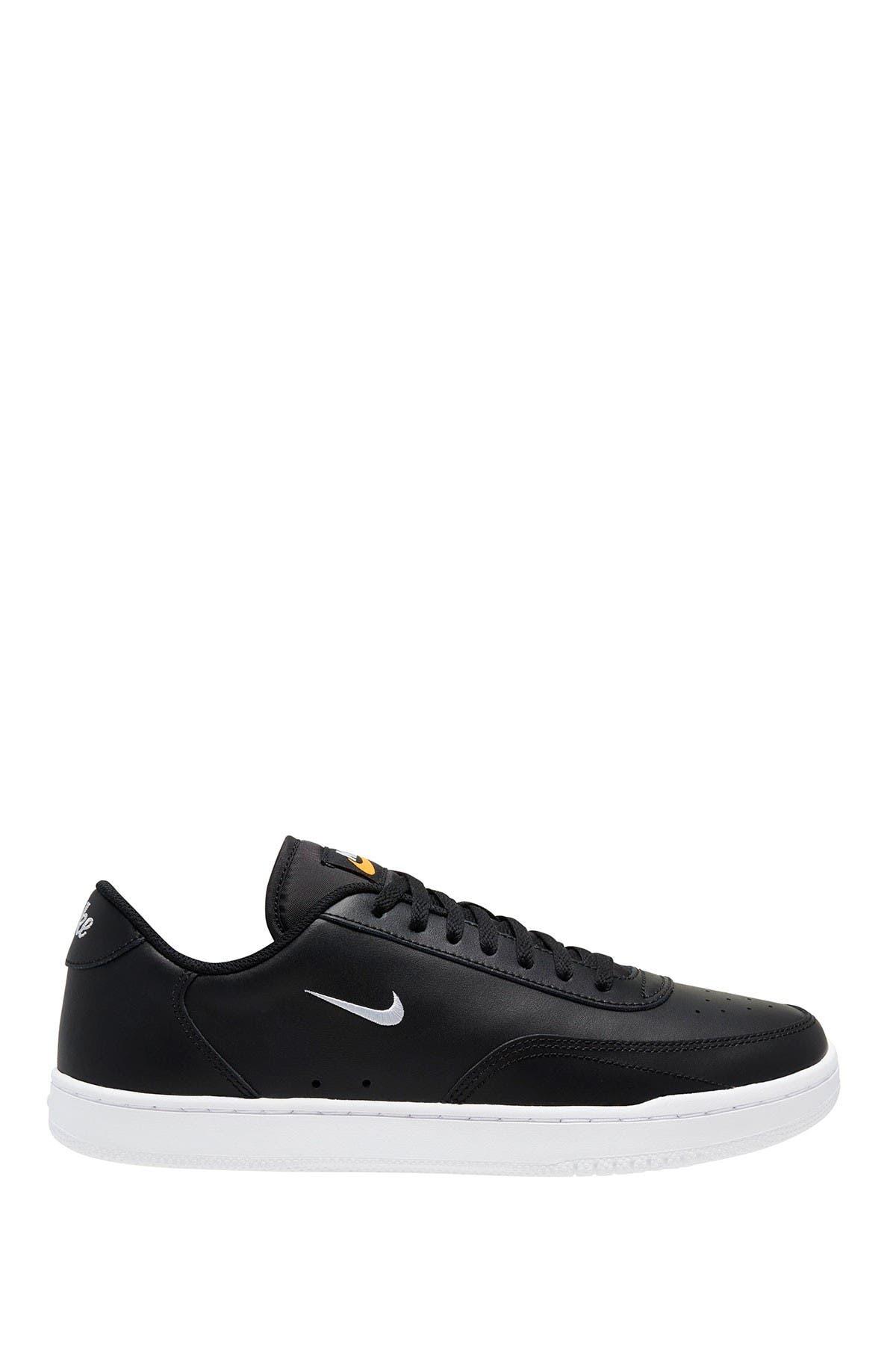 Image of Nike Court Vintage Sneaker