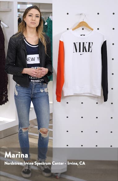 Sportswear Essential Colorblock Crewneck Sweatshirt, sales video thumbnail