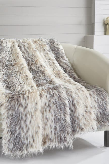 """Image of Chic Home Bedding Piolo Two-Tone Faux Fur Blanket - 50"""" x 60"""" - Beige"""