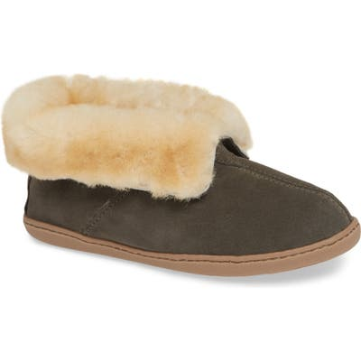 Minnetonka Sheepskin Slipper Bootie, Grey