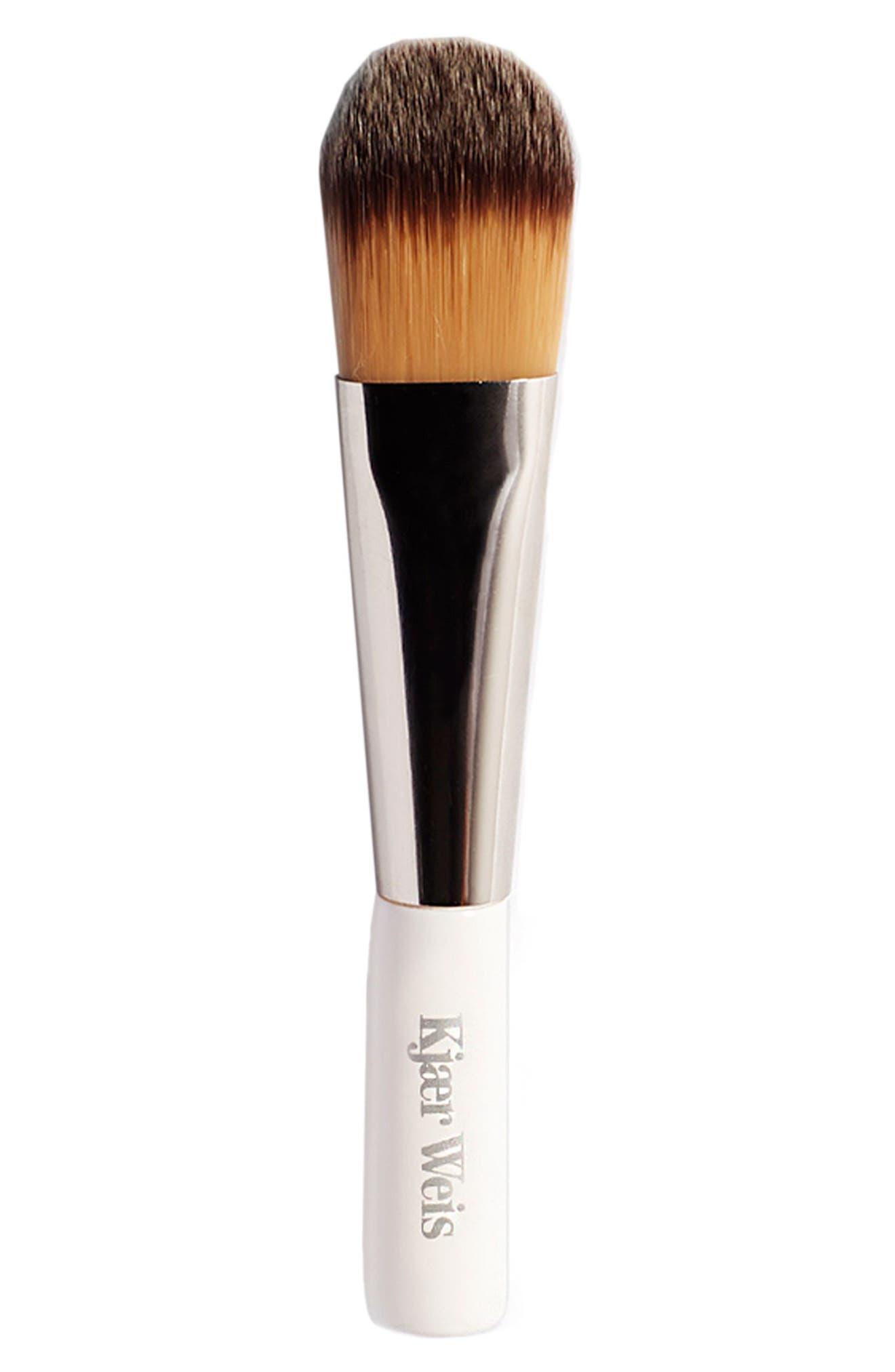 Blush-Foundation Brush