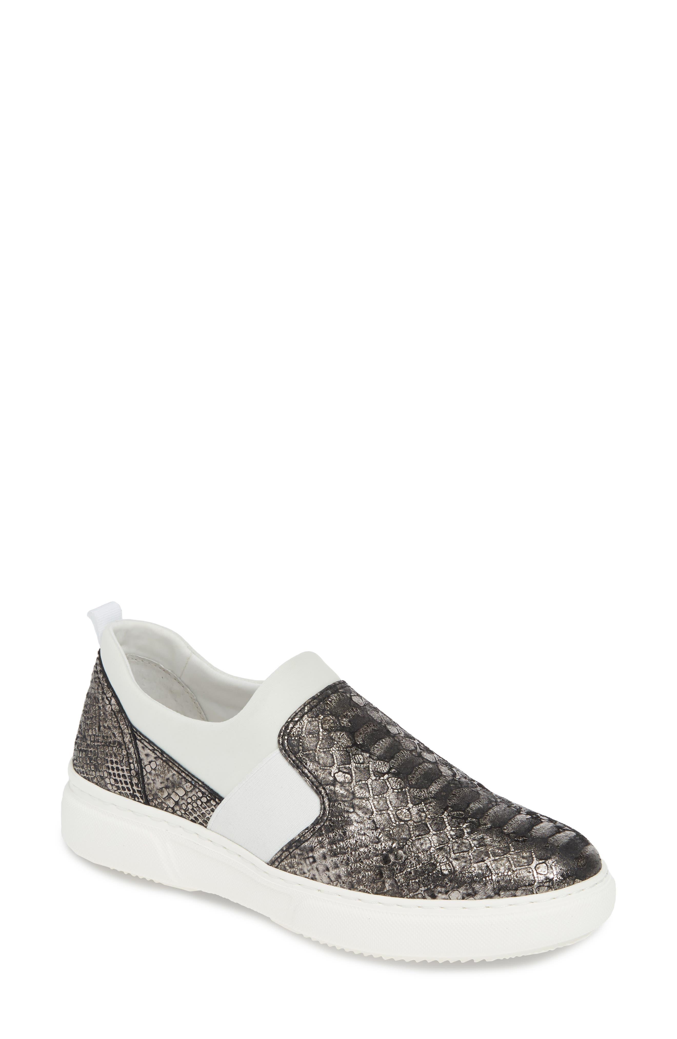 Johnston & Murphy Noelle Slip-On Sneaker, Black