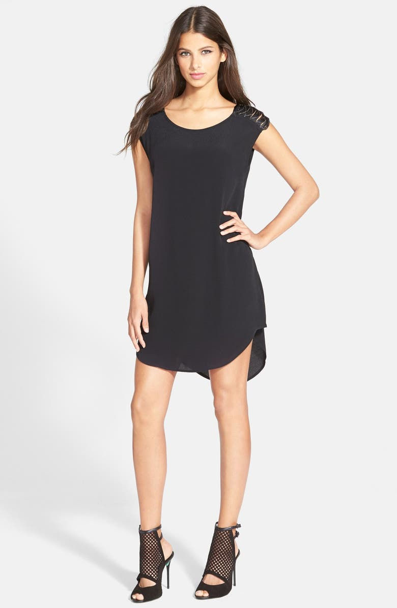 ASTR THE LABEL ASTR Chain Shoulder Shift Dress, Main, color, 001