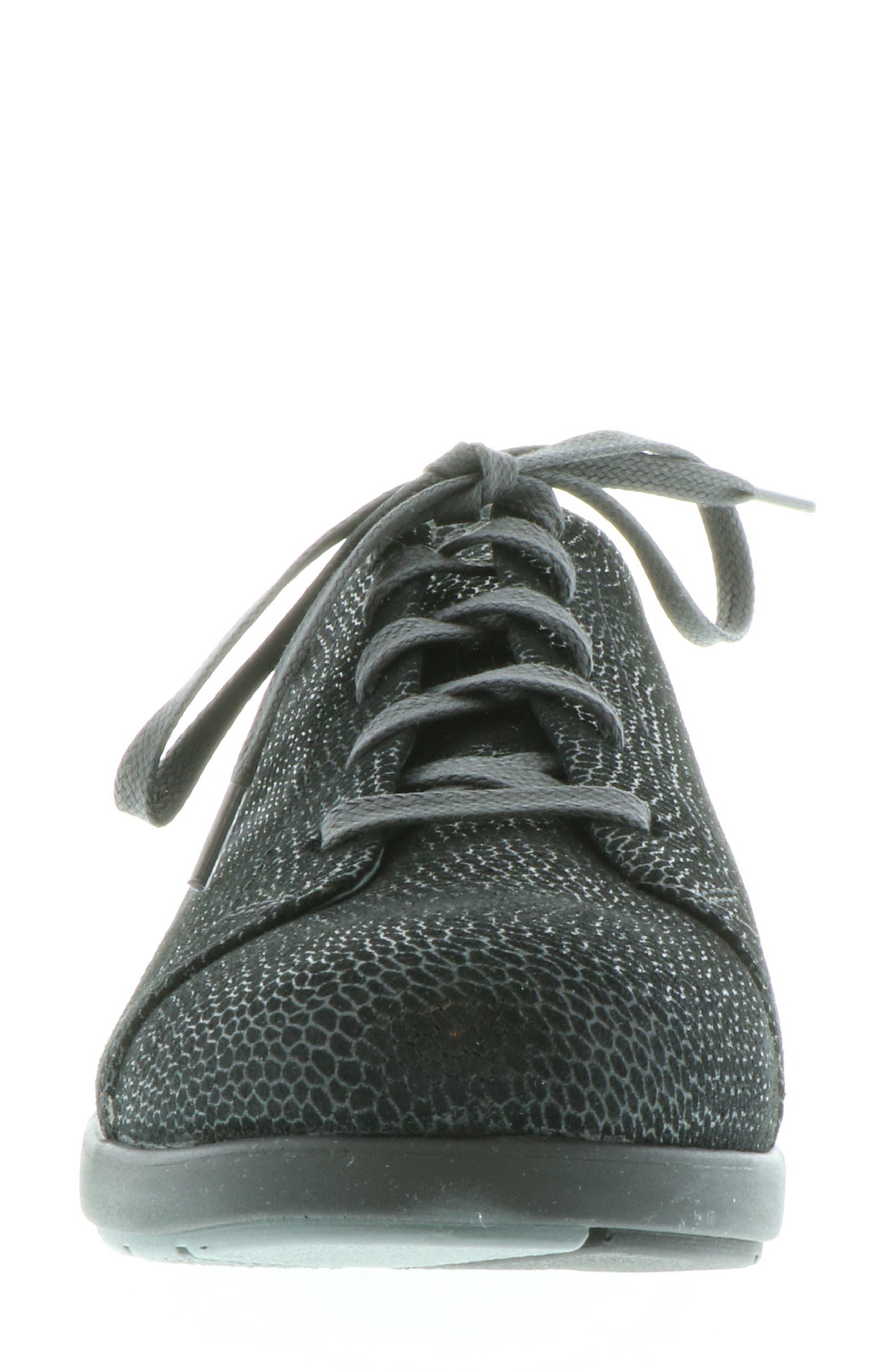,                             Kinetic Sneaker,                             Alternate thumbnail 4, color,                             BLACK NUBUCK LEATHER