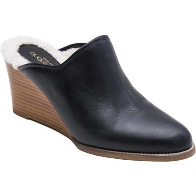 Andre Assous Sage Wedge Mule- Black