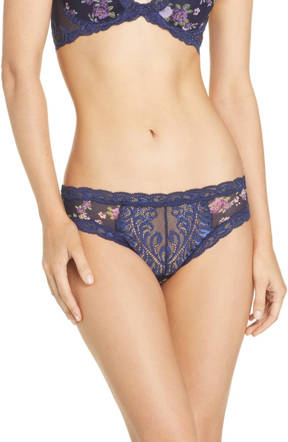 Natori Pants FEATHERS HIPSTER BRIEFS