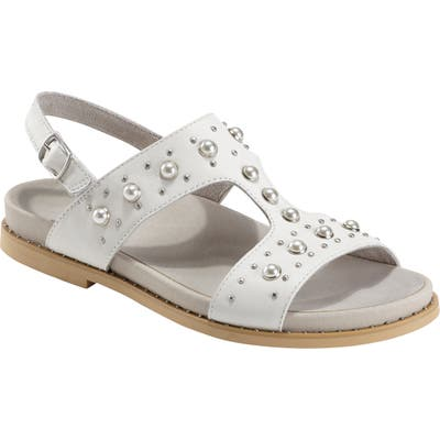 Earth Fuji Studded Sandal, White