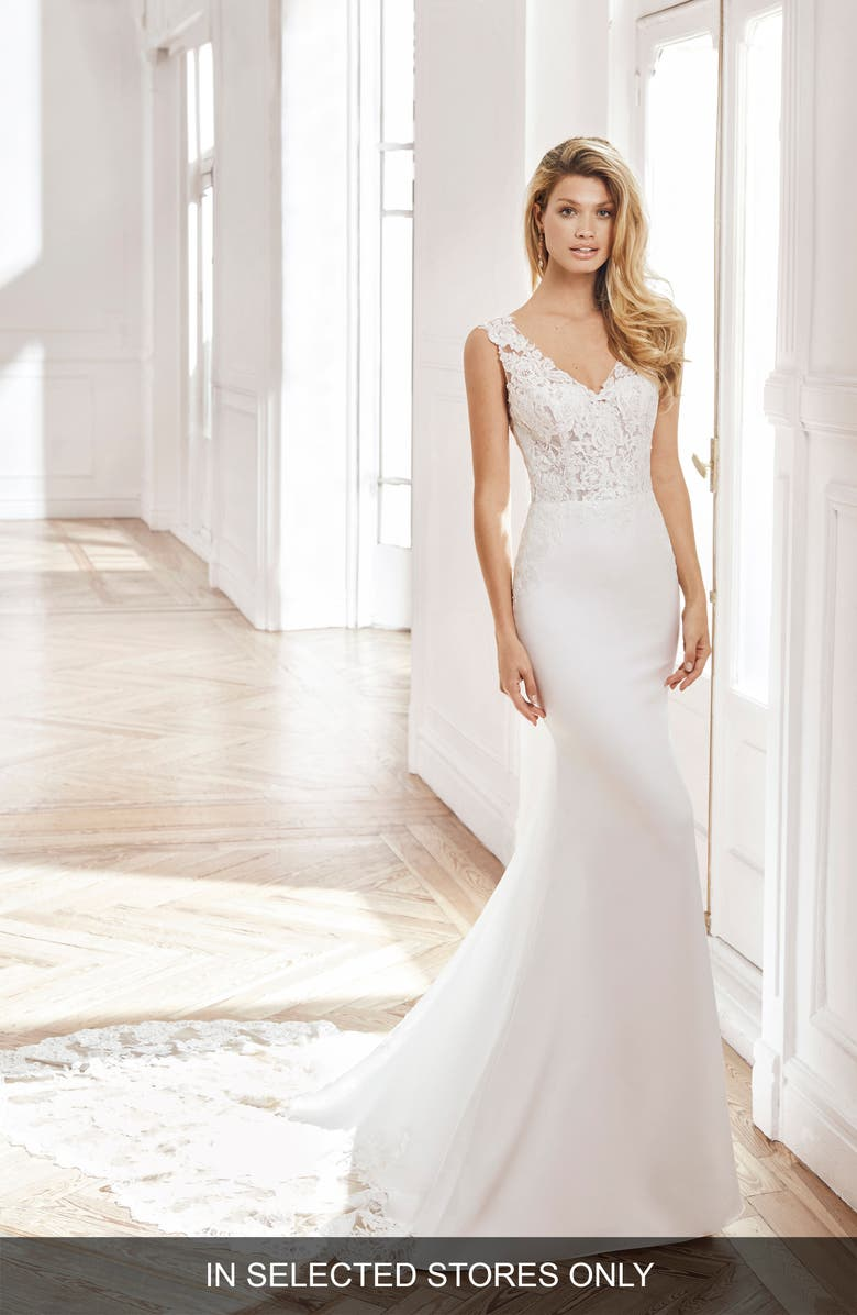 AIRE BARCELONA Neith Trumpet Wedding Dress, Main, color, NATURAL