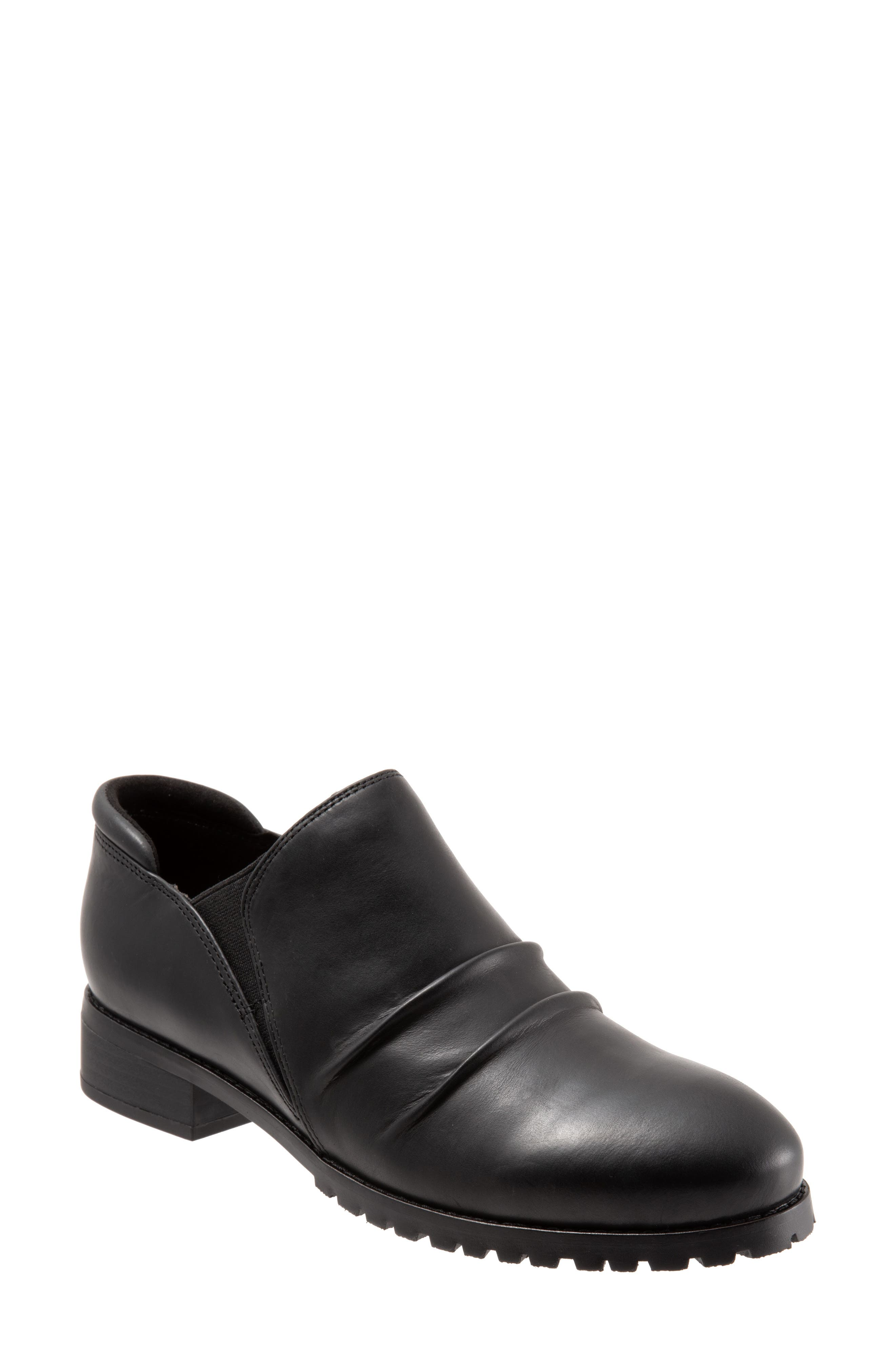 Softwalk Mara Ankle Boot- Black