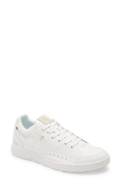 On Activewears THE ROGER CENTRE COURT TENNIS SNEAKER