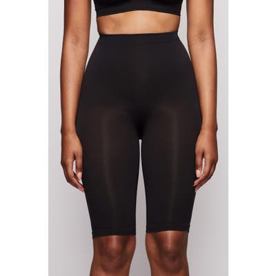 Plus Size Skims Sculpting Seamless Above The Knee Shorts, X/3X - Black