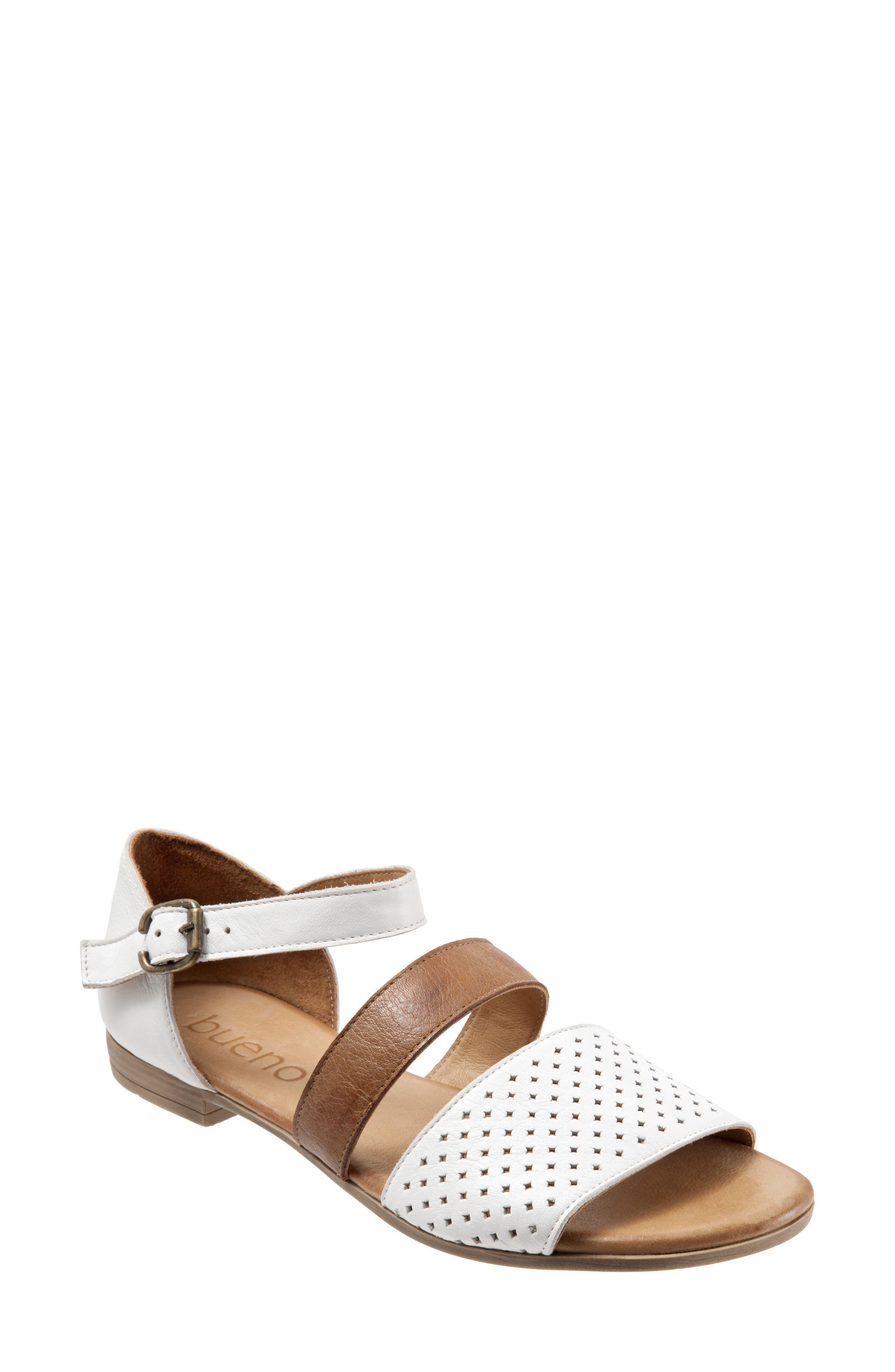 Bueno Janet Perforated Flat Sandal, White