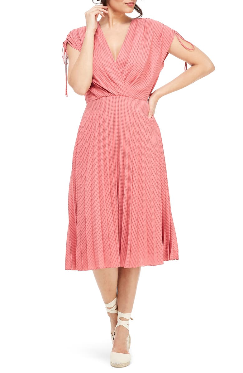 GAL MEETS GLAM COLLECTION Pleated Ruched Shoulder Dress, Main, color, 650