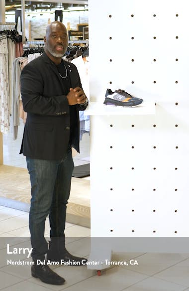 X-Racer Sneaker, sales video thumbnail