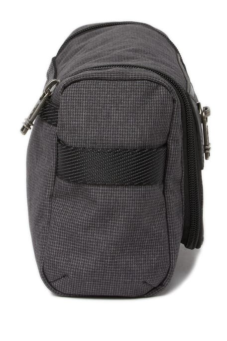 tumi travel accessories toiletry bags