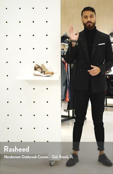 Liv Sneaker, sales video thumbnail