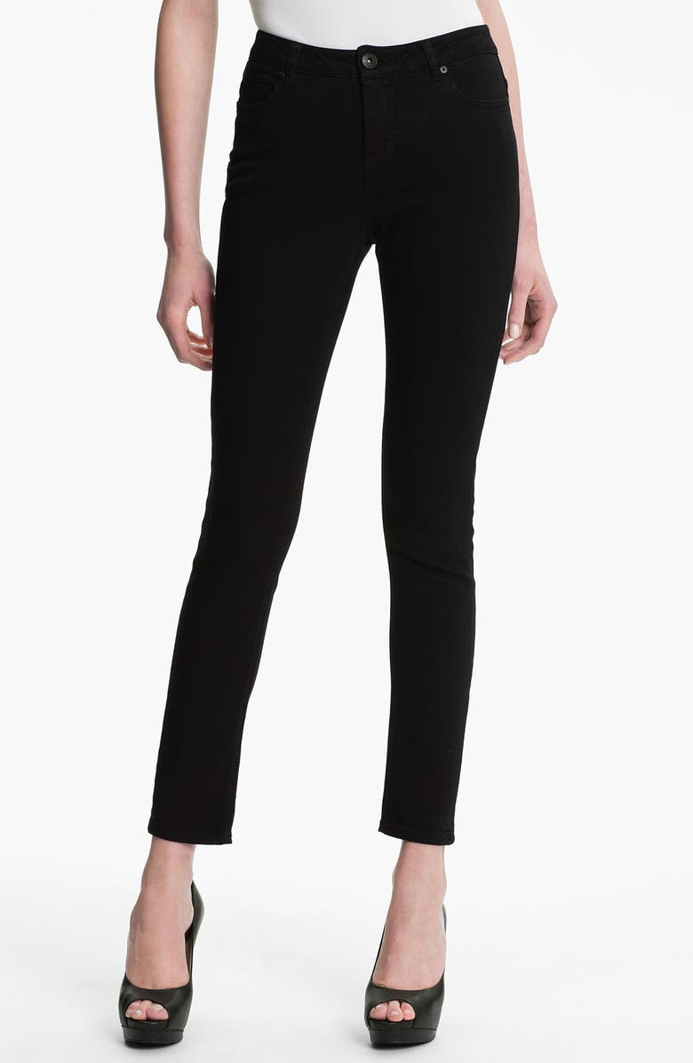 LIVERPOOL Jeans Company 'Madonna' Skinny Stretch Jeans, Main, color, 001