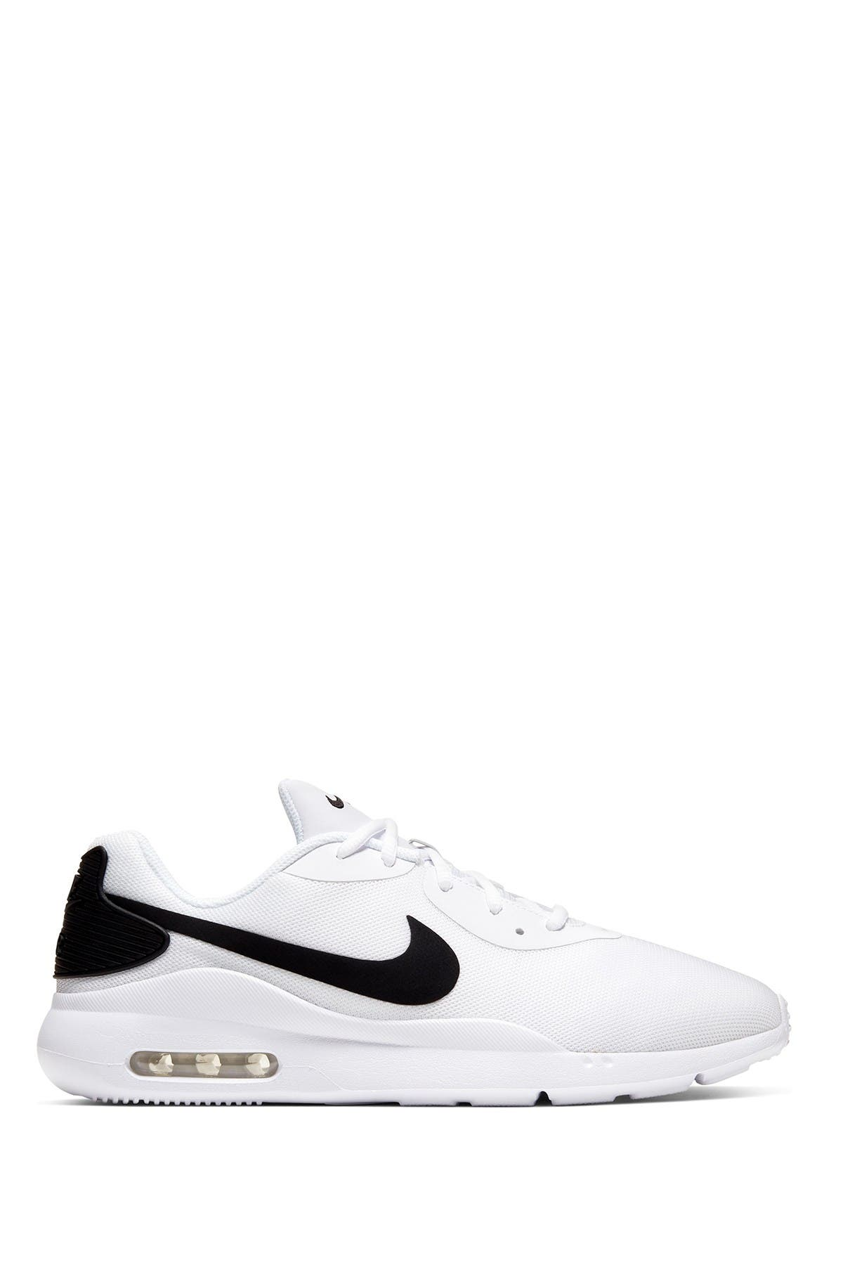Nike | Air Max Oketo Sneaker - Extra