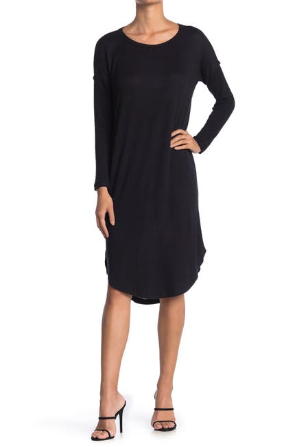 Image of Bobeau Scoop Neck Curve Hem Midi Dress