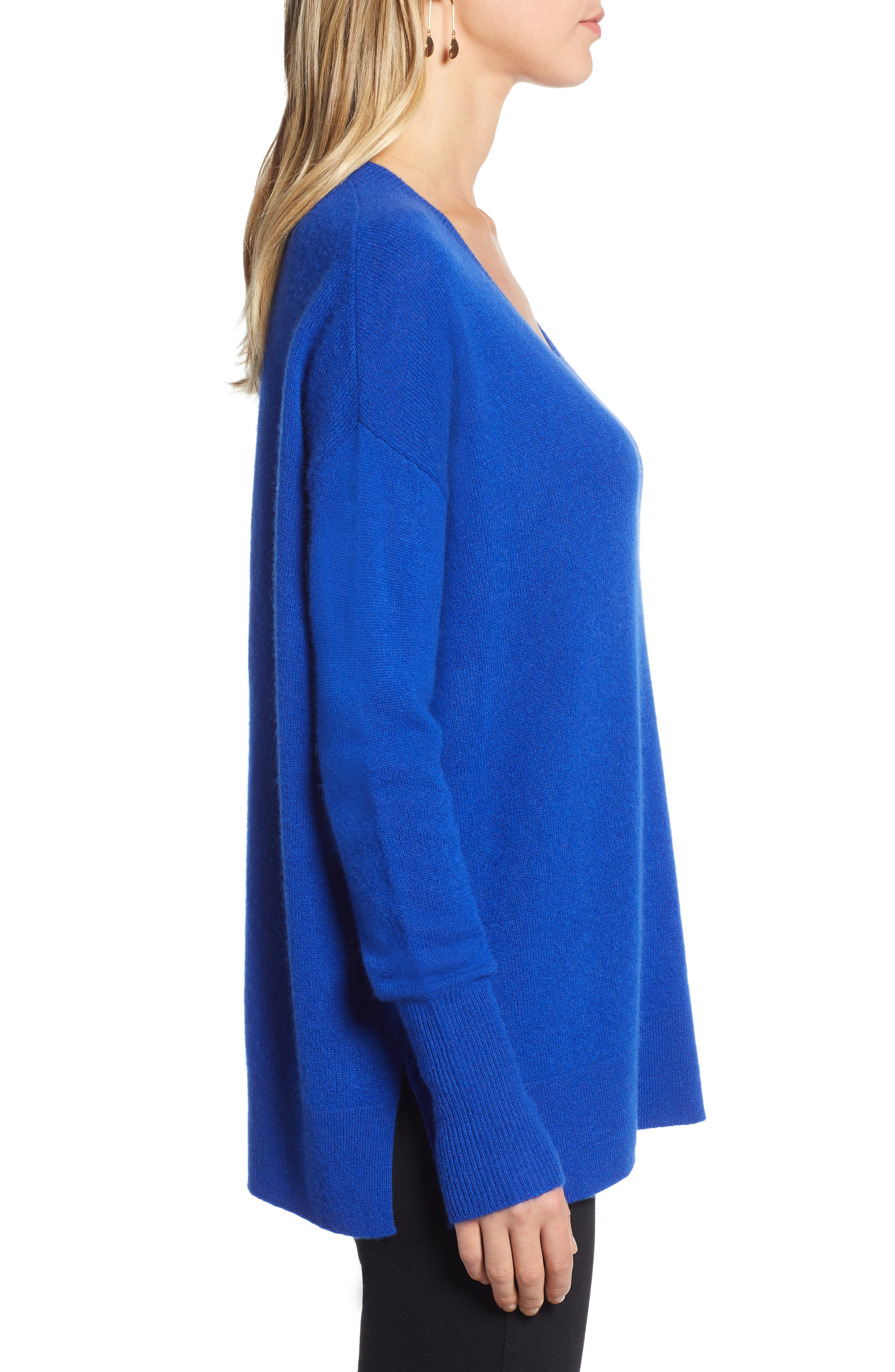 ,                             Relaxed V-Neck Cashmere Sweater,                             Alternate thumbnail 45, color,                             400