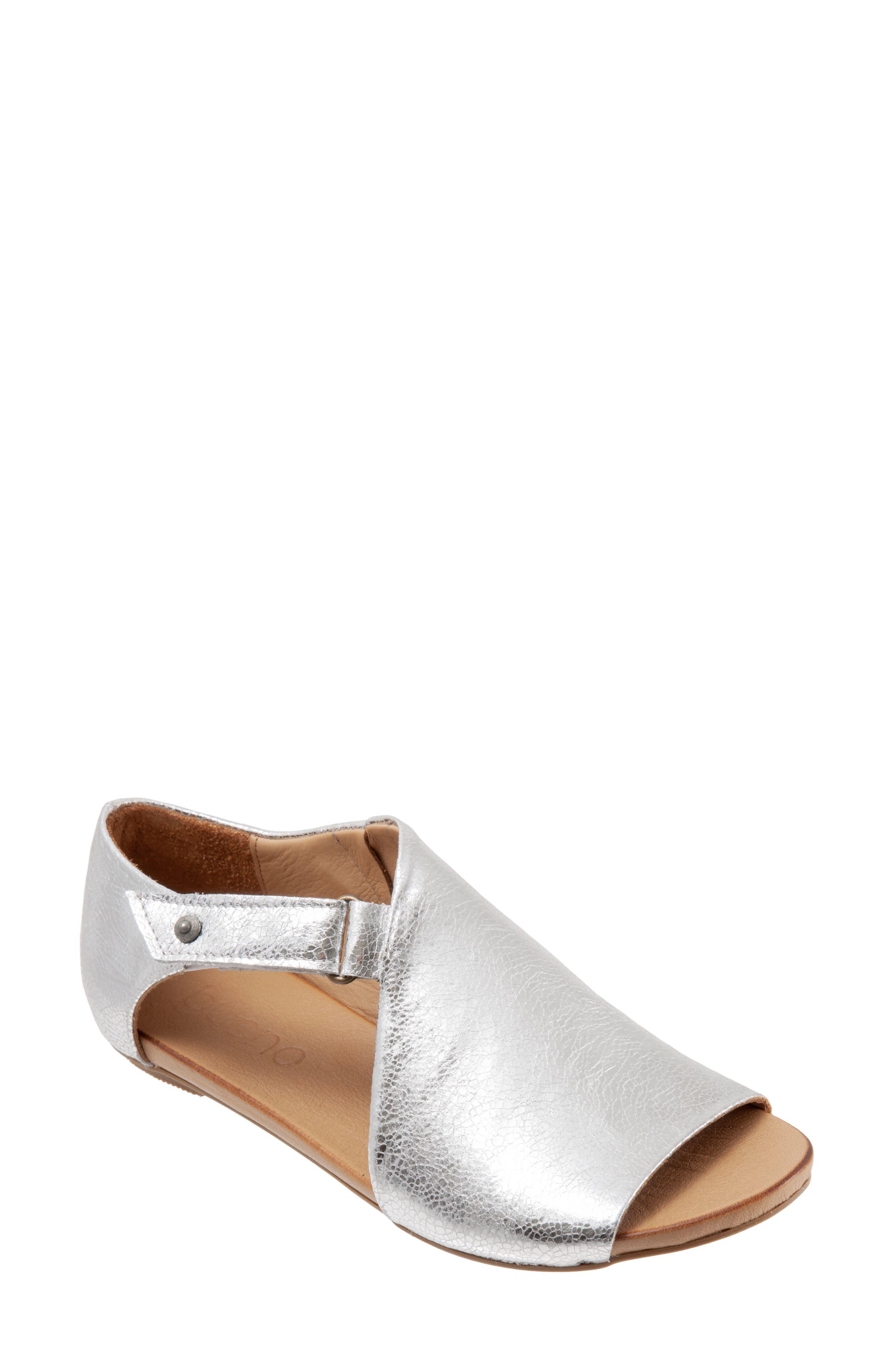 Kale Sandal