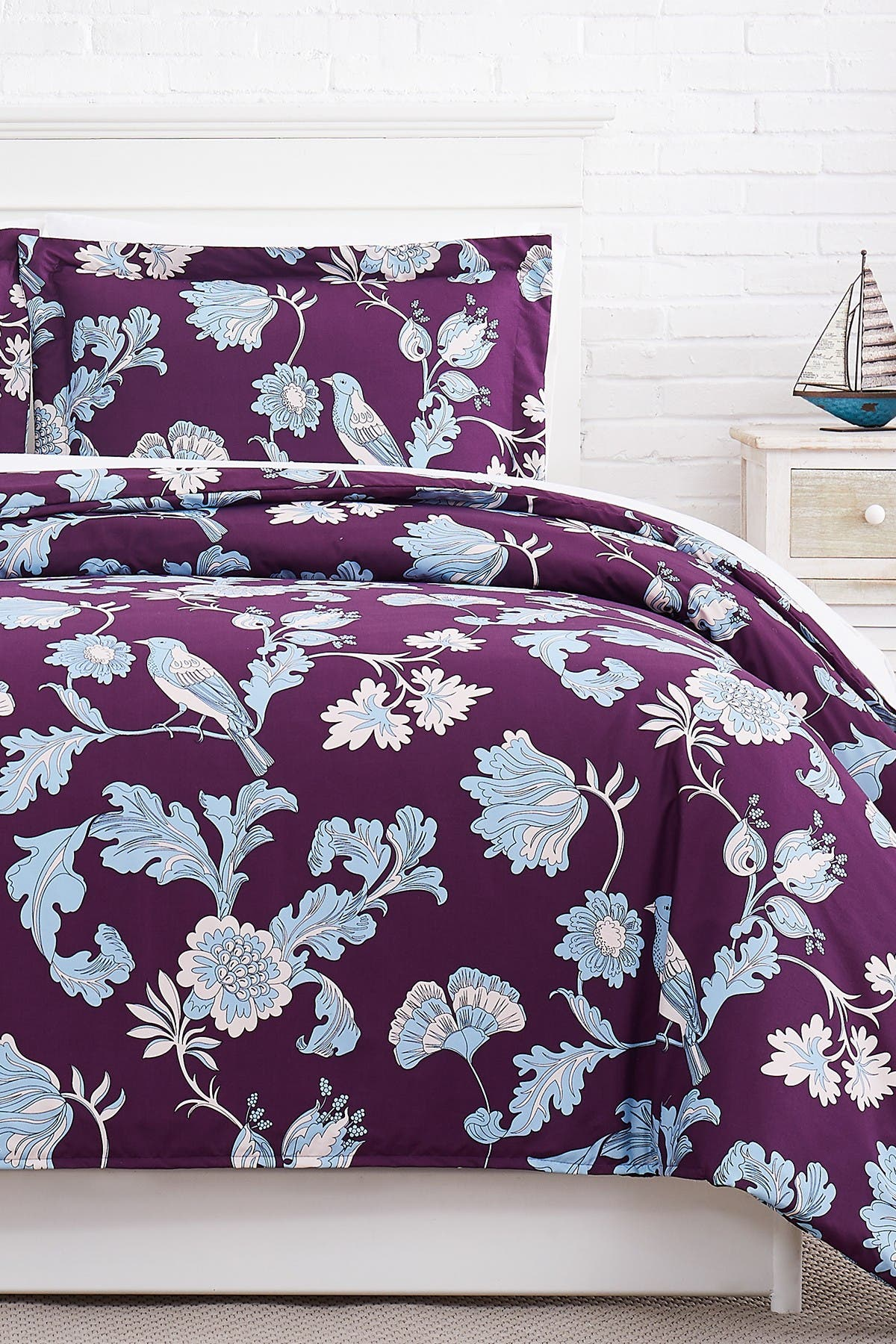 Image of SOUTHSHORE FINE LINENS Premium Collection Oversized Duvet Cover 3-Piece Set - King/California King