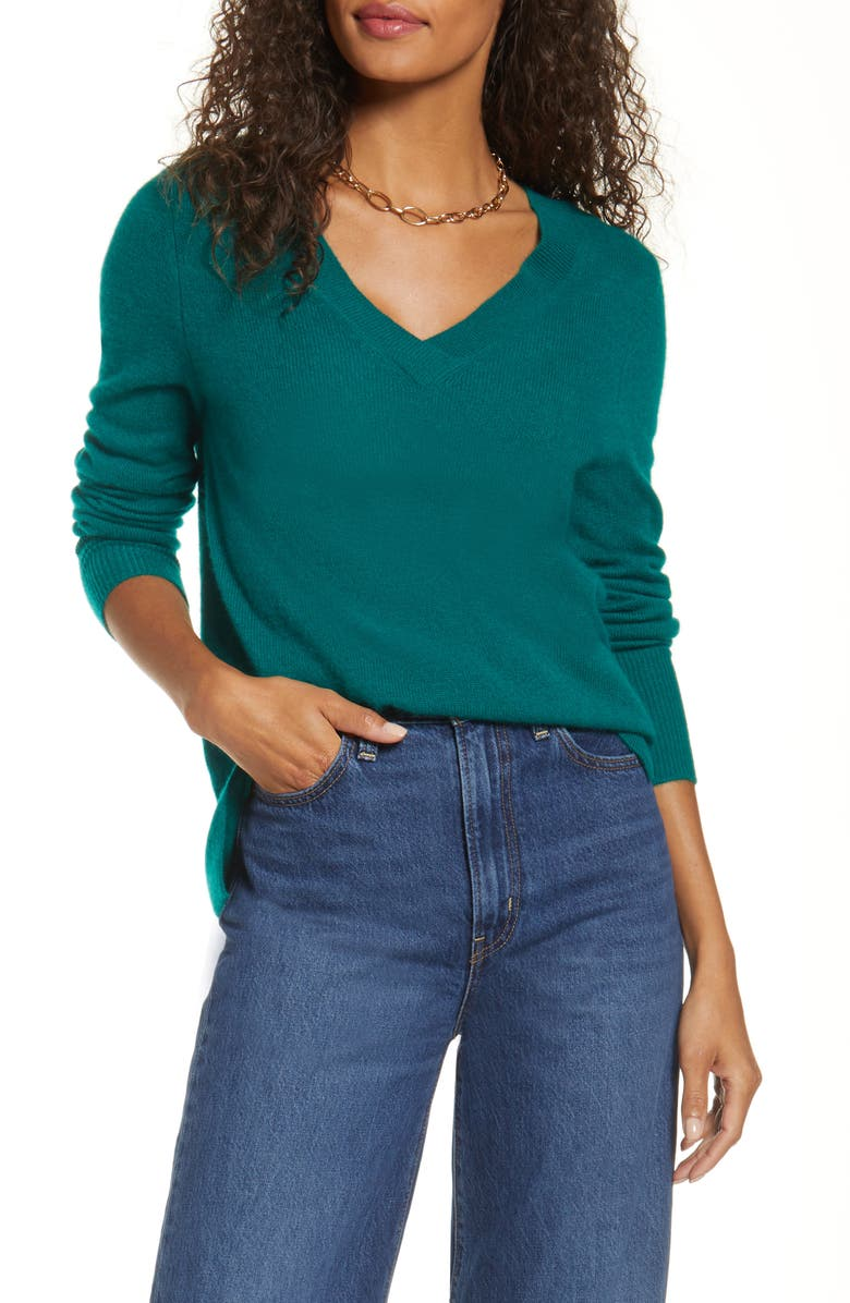 HALOGEN<SUP>®</SUP> V-Neck Cashmere Sweater, Main, color, GREEN