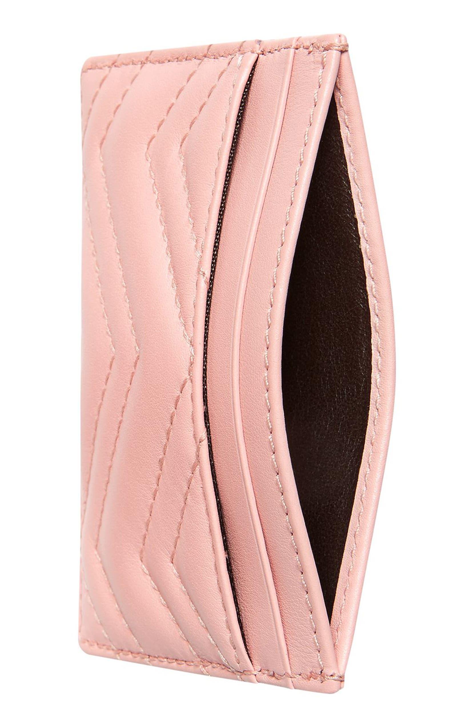 low priced 09a9a 4e8d5 GG Marmont Matelassé Leather Card Case