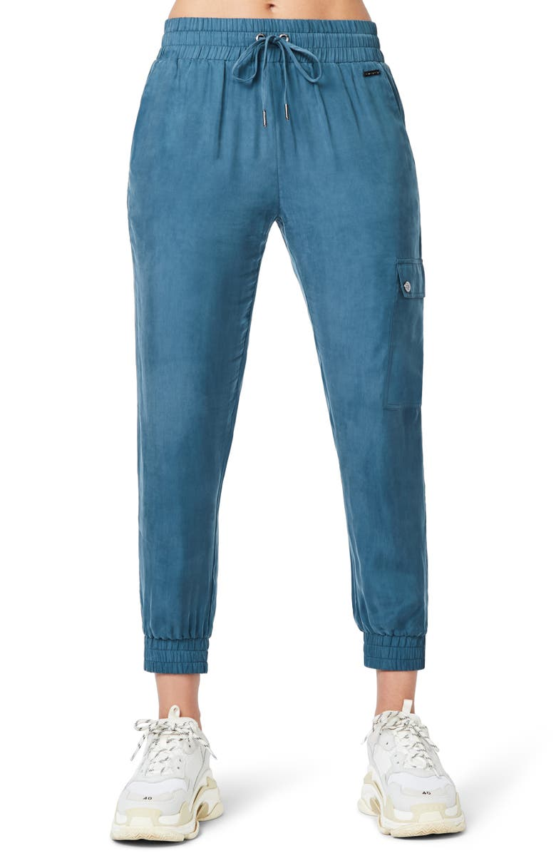 SWEATY BETTY Swetty Betty Cargo 7/8 Trousers, Main, color, 400