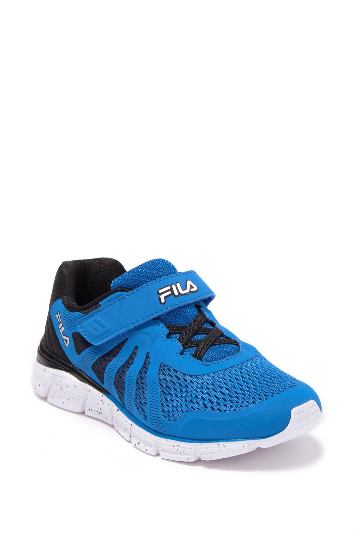 FILA USA   Fraction 2 Strap Sneaker
