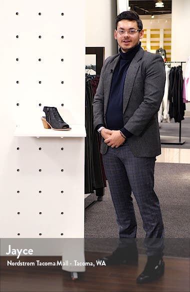 Mckenna Sandal, sales video thumbnail