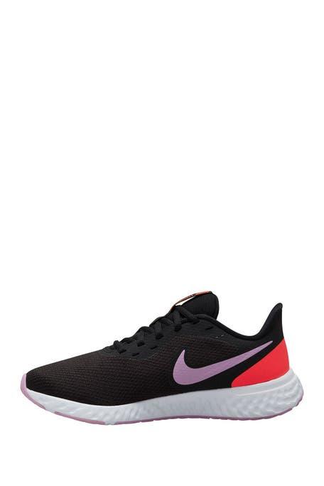 Nike - Revolution 5 Running Shoe