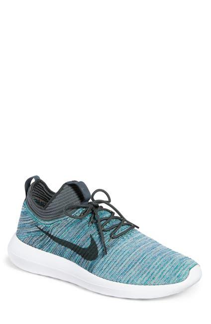 Image of Nike Roshe Two FlyKnit V2 Sneaker