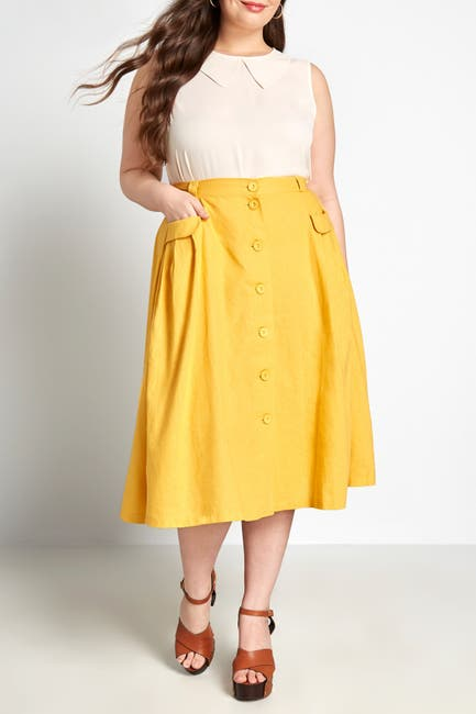 Image of MODCLOTH Pleated Button Front Midi Skirt