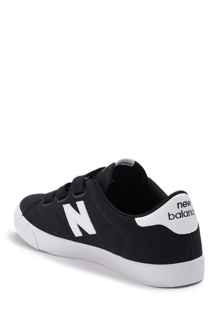 Image of New Balance AM210 Sneaker