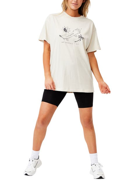 Image of Cotton On The Relaxed Boyfriend Graphic T-Shirt