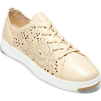Cole Haan Grandpro Low Top Sneaker B - Beige