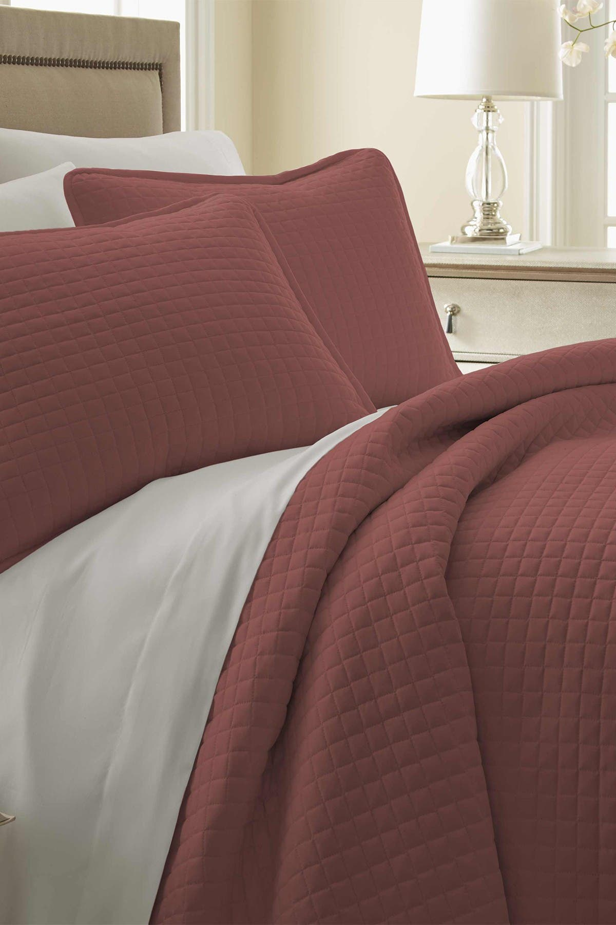 Image of SOUTHSHORE FINE LINENS Full/Queen Southshore Fine Linens Vilano Springs Oversized Quilt Set - Marsala