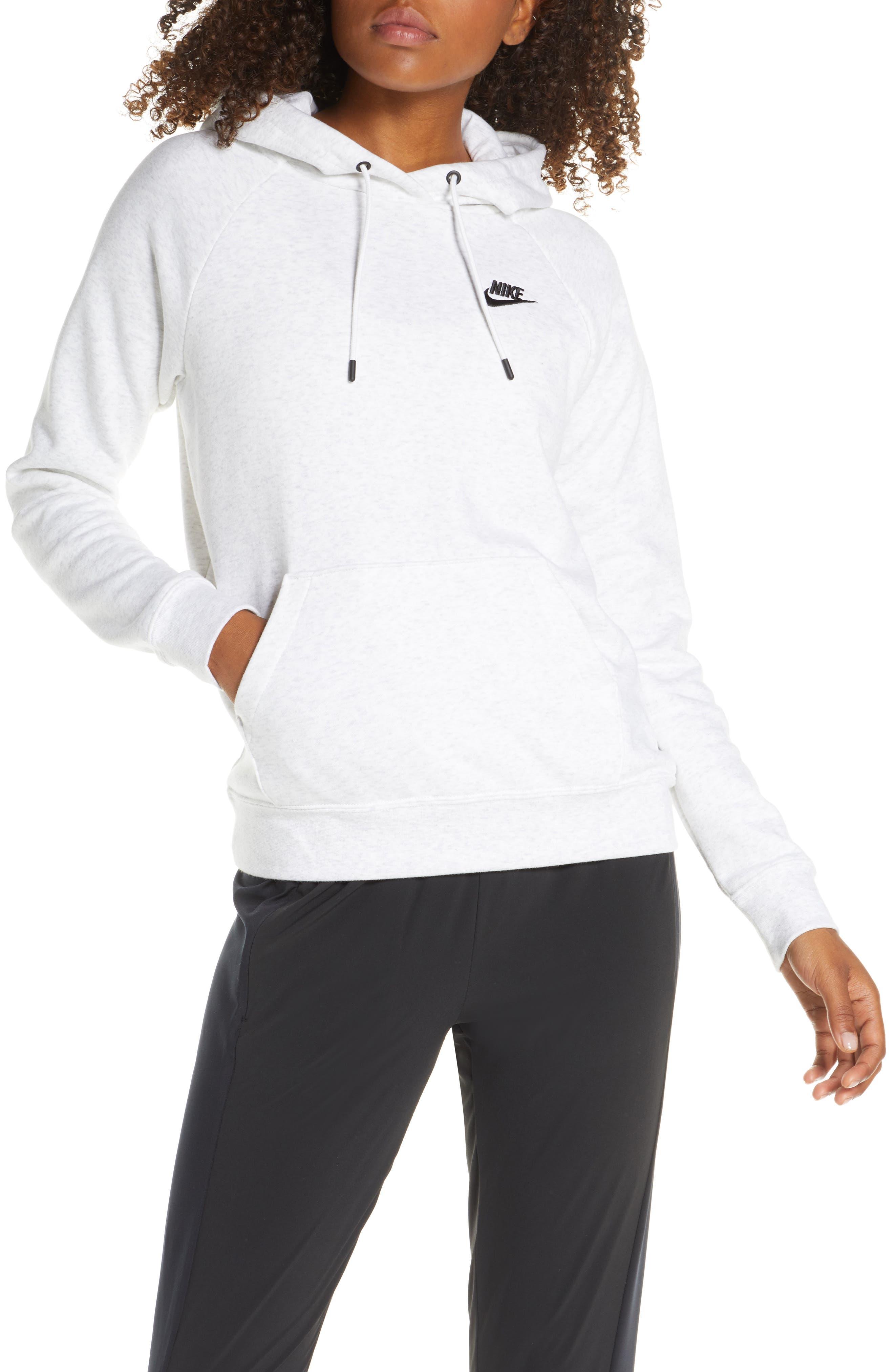 Nike Sportswear Essential Pullover Fleece Hoodie (Regular Retail Price: $60)