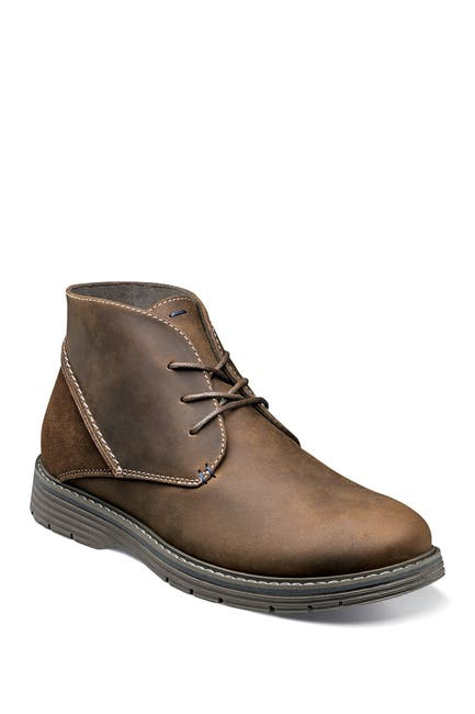 Image of NUNN BUSH Littleton Plain Toe Chukka Boot - Wide Width Available