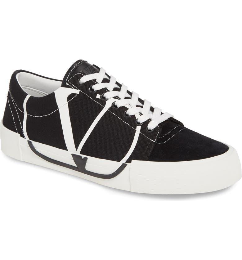 VALENTINO GARAVANI Tricks VLOGO Low Top Sneaker, Main, color, 002