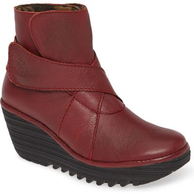 Fly London Yedd Wedge Bootie - Red