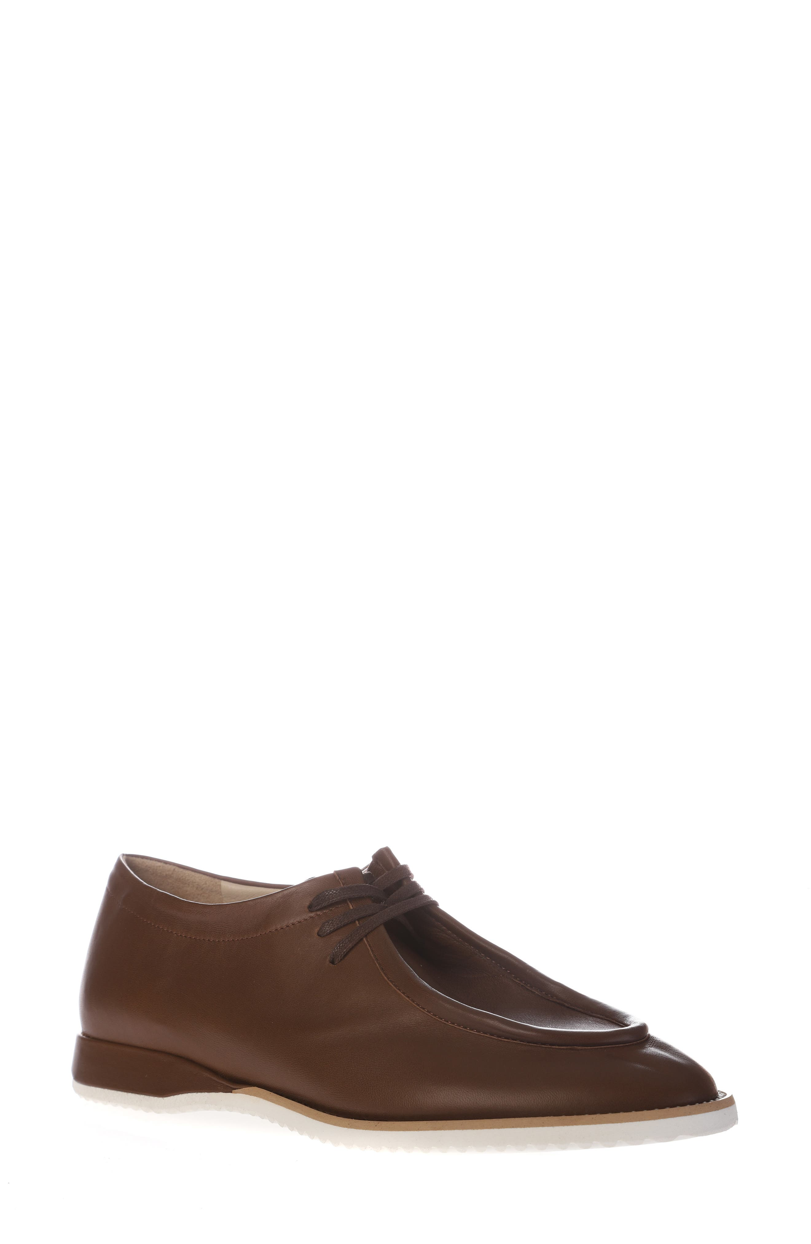 Edy Chukka Shoe